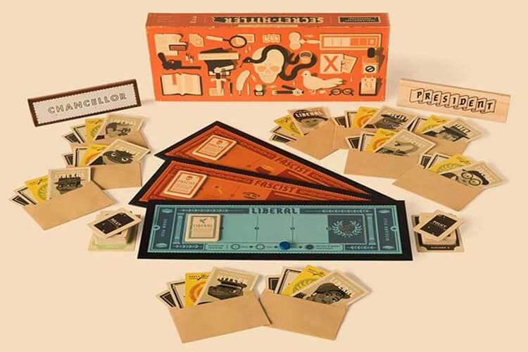 بازی رومیزی Secret Hitler