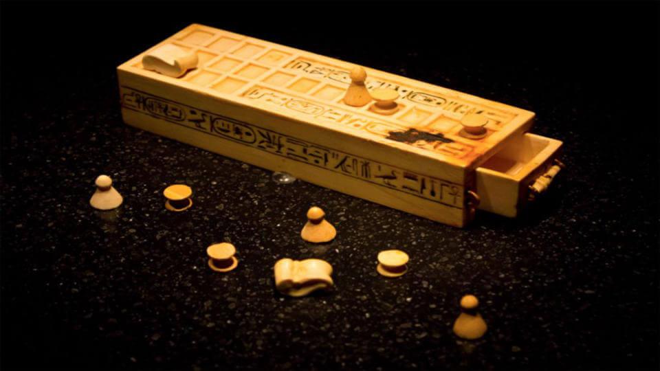 بازی رومیزی Senet